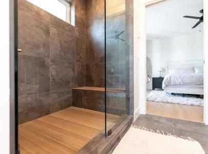 Bathroom - Lindan Homes