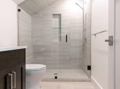 Combine Washroom - Lindan Homes