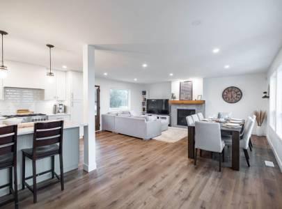 Living Room - South Langley - Home Renovation